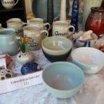 Wochenmarkt Saalfelden, Keramik und Korbwahren